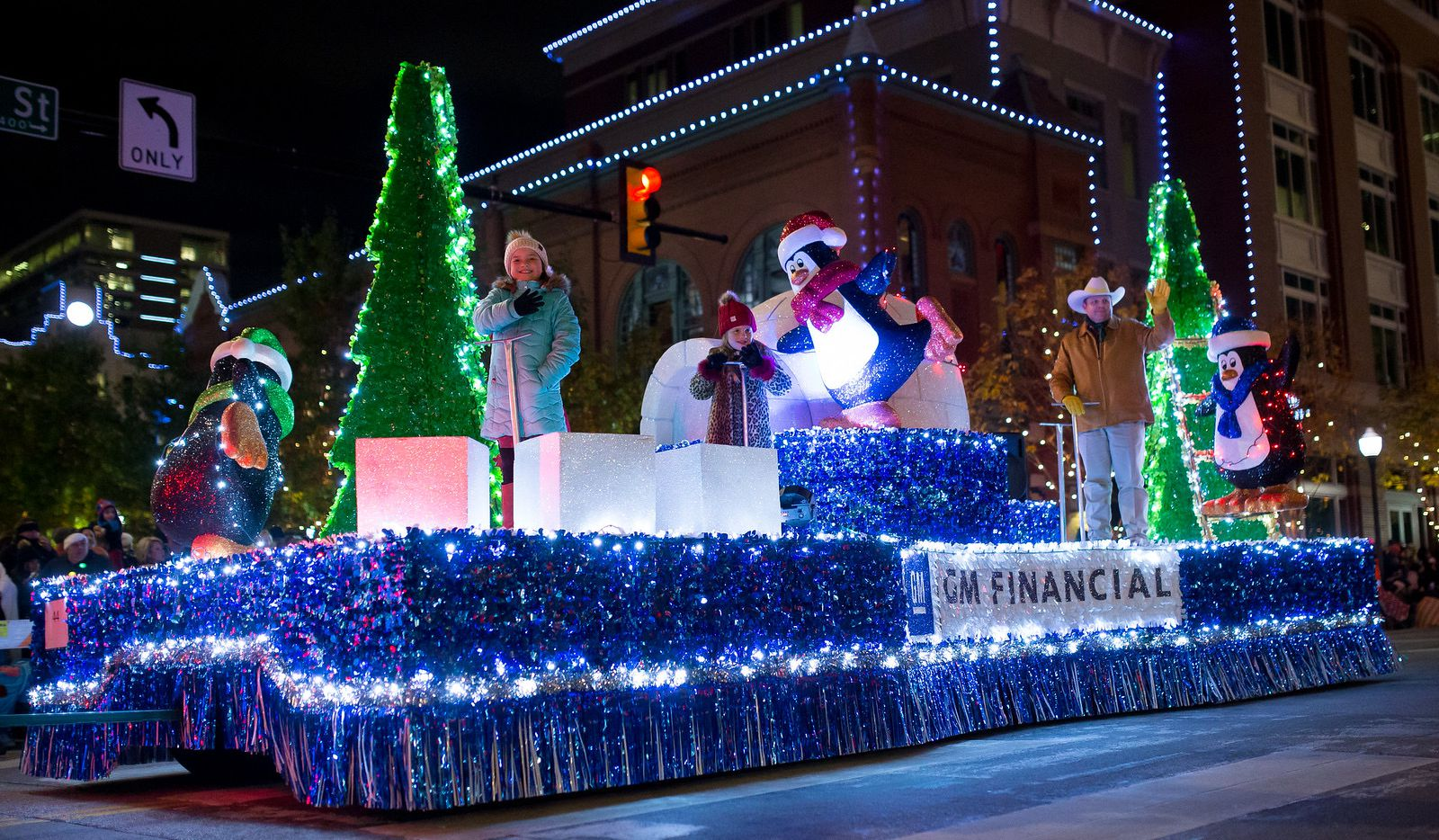 Downtown Fort Worth will sparkle with a half-million lights during GM Financial Parade of Lights.
