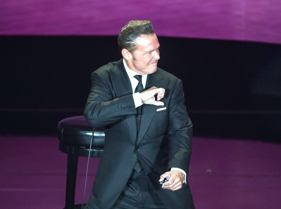 El cantante mexicano Luis Miguel lució más delgado en su regreso al Auditorio Nacional de la Ciudad de México esta semana.(AGENCIA REFORMA)