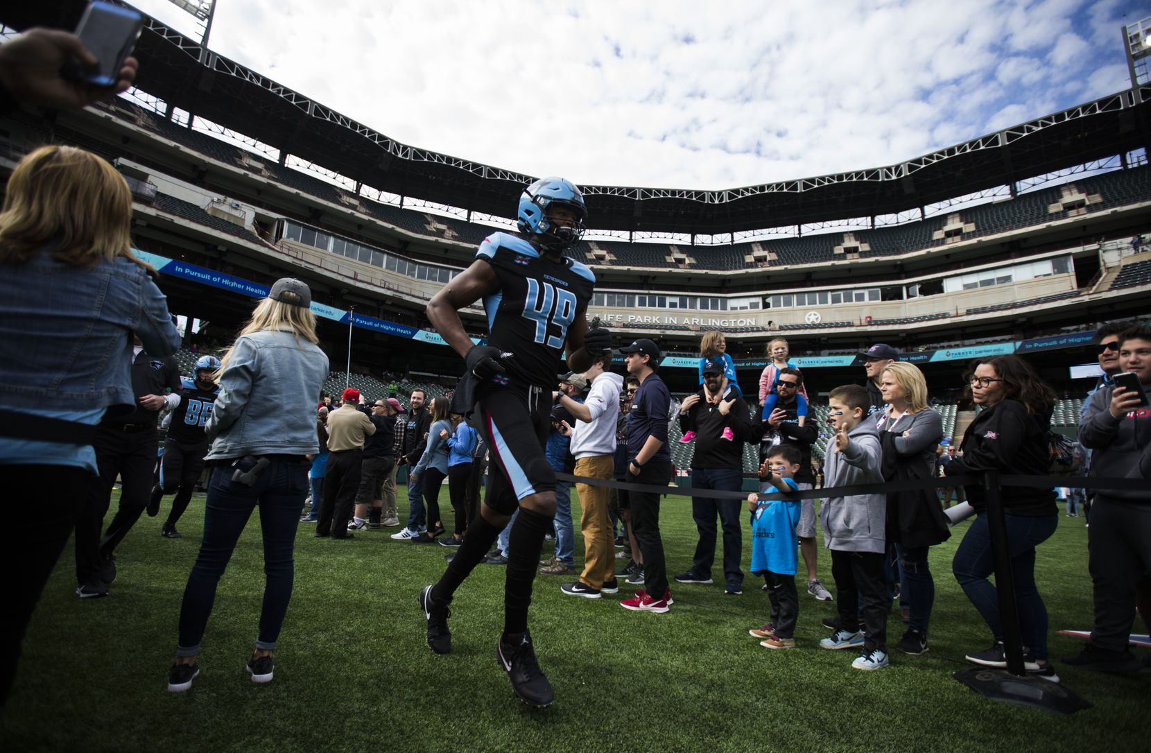 Dallas Renegades tight end Donald Parham (49) runs on the field to warm up before an XFL game between the Dallas Renegades and the New York Guardians on Saturday, March 7, 2020 at Globe Life Park in Arlington.
