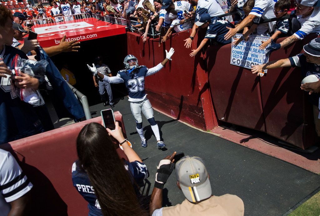 Dallas Cowboys free safety Kavon Frazier (35) enters the field before an NFL game between the Dallas Cowboys and the Washington Redskins on Sunday, September 15, 2019 at FedExField in Landover, Maryland. (Ashley Landis/The Dallas Morning News)