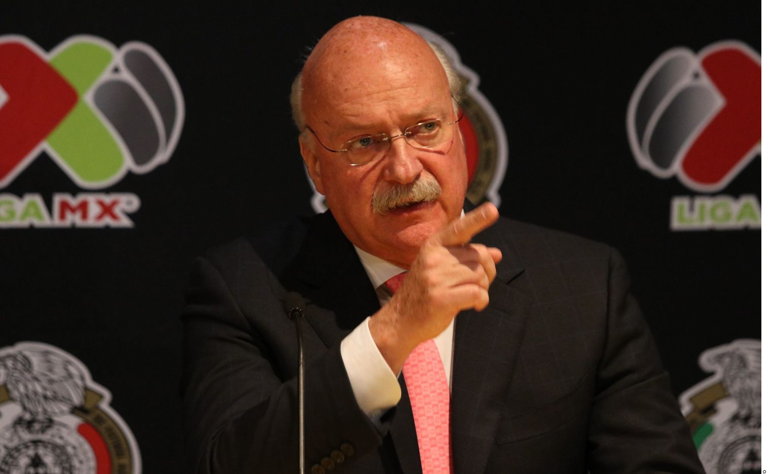 Enrique Bonilla, el presidente del futbol mexicano, tiene coronavirus.