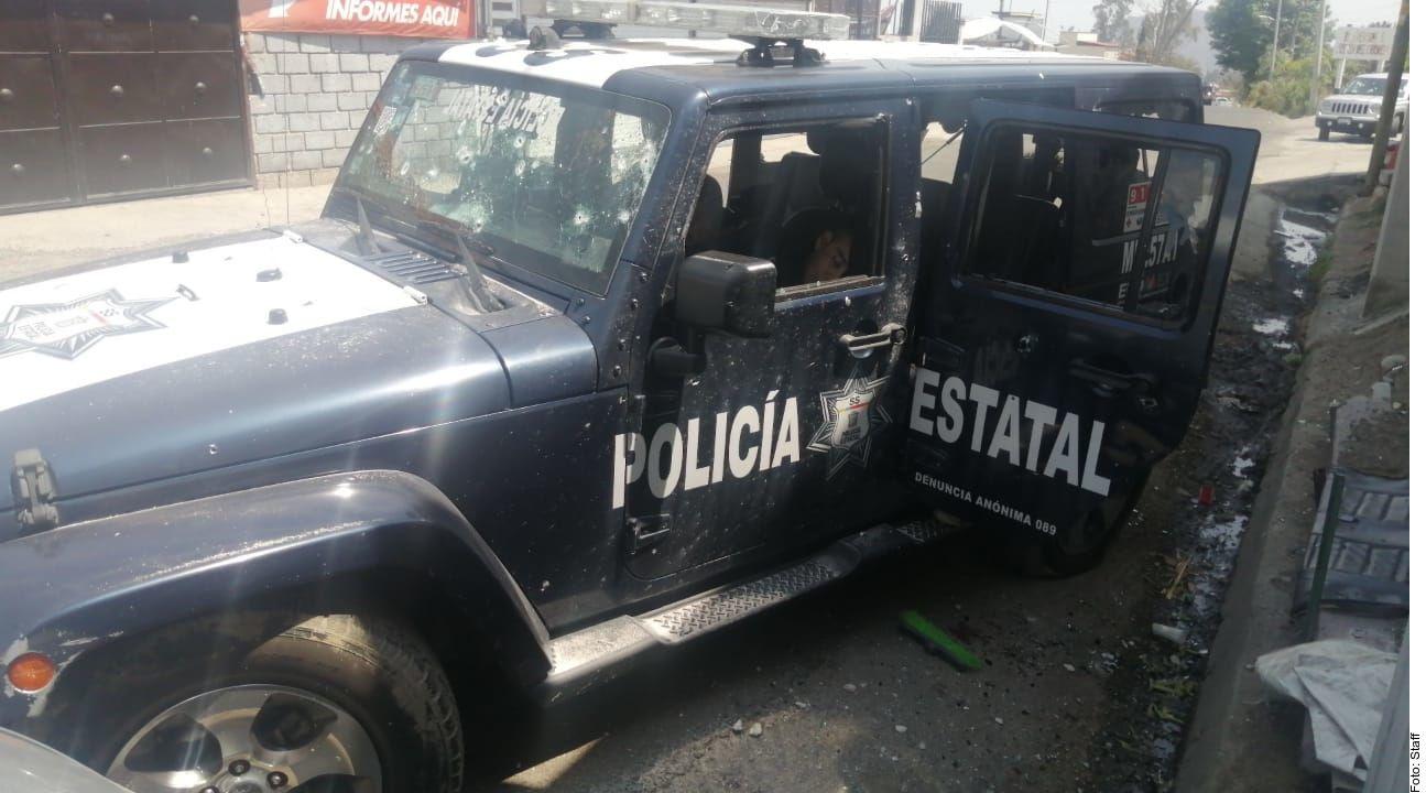 El ataque se registró en la zona de Llano Grande cuando el convoy realizaba labores de patrullaje para combatir a grupos delictivos que operan en la región, informó el Fiscal Alejandro Gómez.