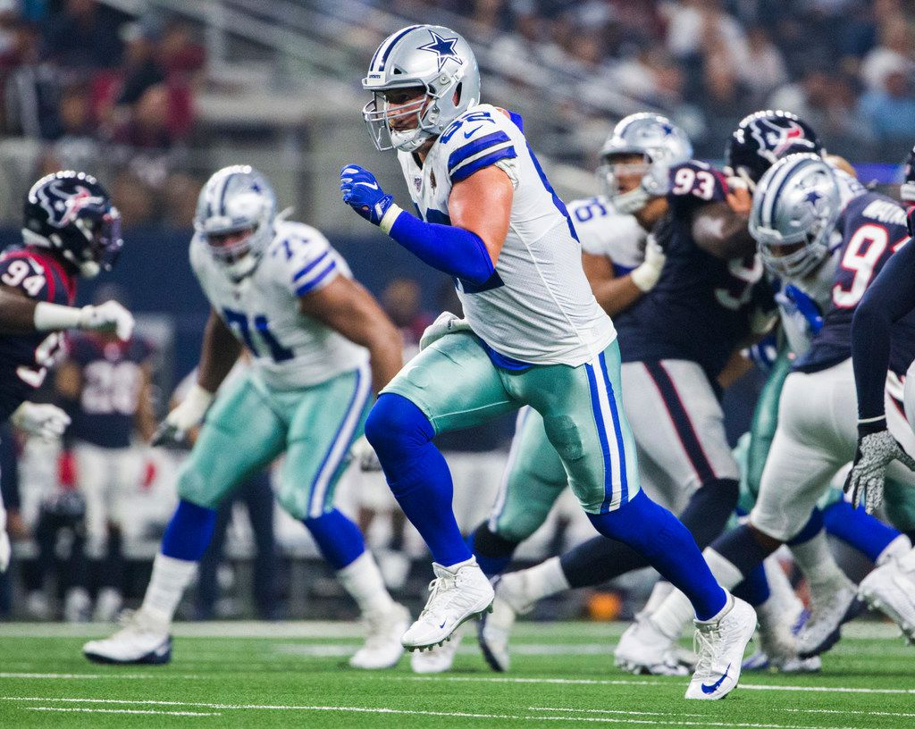 Dallas Cowboys tight end Jason Witten (82) runs during the first quarter of an NFL game between the Dallas Cowboys and the Houston Texans on Saturday, August 24, 2019 at AT&T Stadium in Arlington.