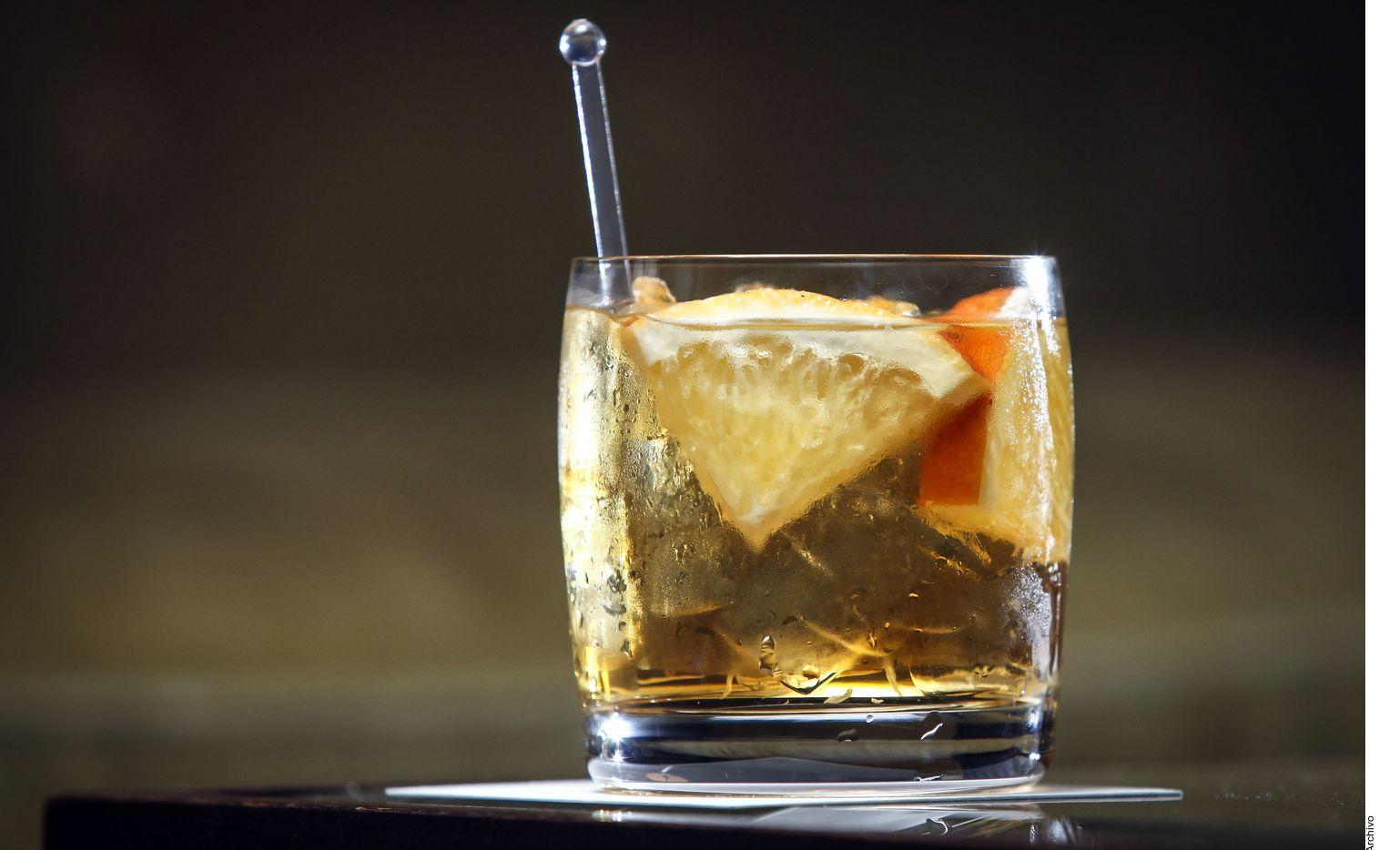 La venta, compra y consumo de alcohol es ilegal en Arabia Saudita. Tampoco se puede ingresar con bebidas alcohólicas al país.