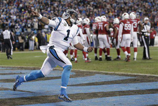Cam Newton y los Panthers derrotaron a los Cardinals el domingo. Fotos. AP