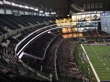A total of 54,347 fans attended AT&T Stadium for the UIL state championship game between Allen and Pearland. The figure breaks the attendance record for a Texas high school football game.