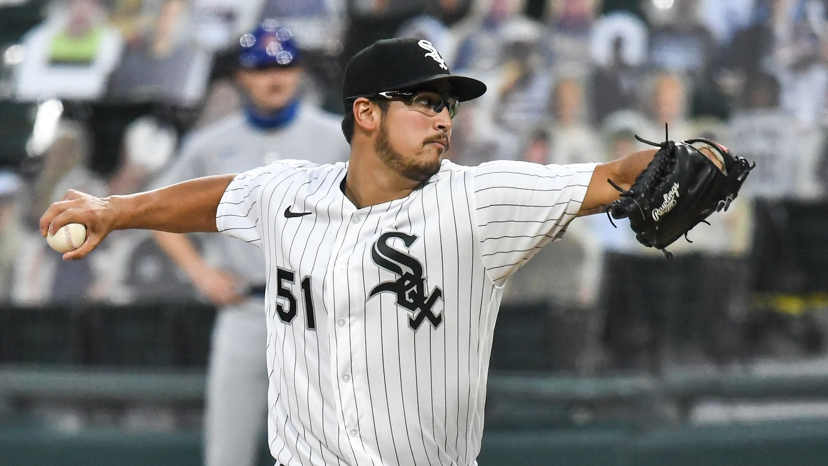 CHICAGO, IL - SEPTEMBER 26: Chicago White Sox pitcher Dane Dunning (51) delivers a pitch during a Major League Baseball game between the Chicago White Sox and Chicago Cubs on September 26, 2020, at Guaranteed Rate Field, Chicago, IL.