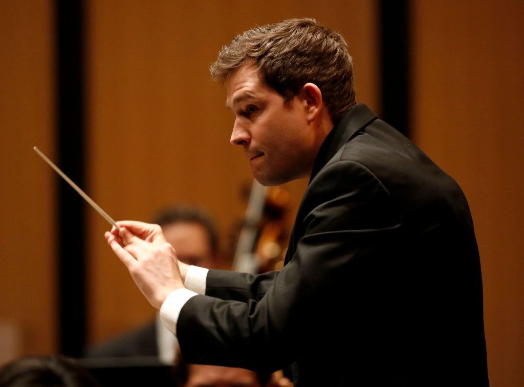 Richard McKay, artistic director and conductor, leads the Dallas Chamber Symphony in Alberto Ginastera's Variaciones concertantes during a concert at City Performance Hall in Dallas on Tuesday, April 18, 2017. (Rose Baca/The Dallas Morning News)