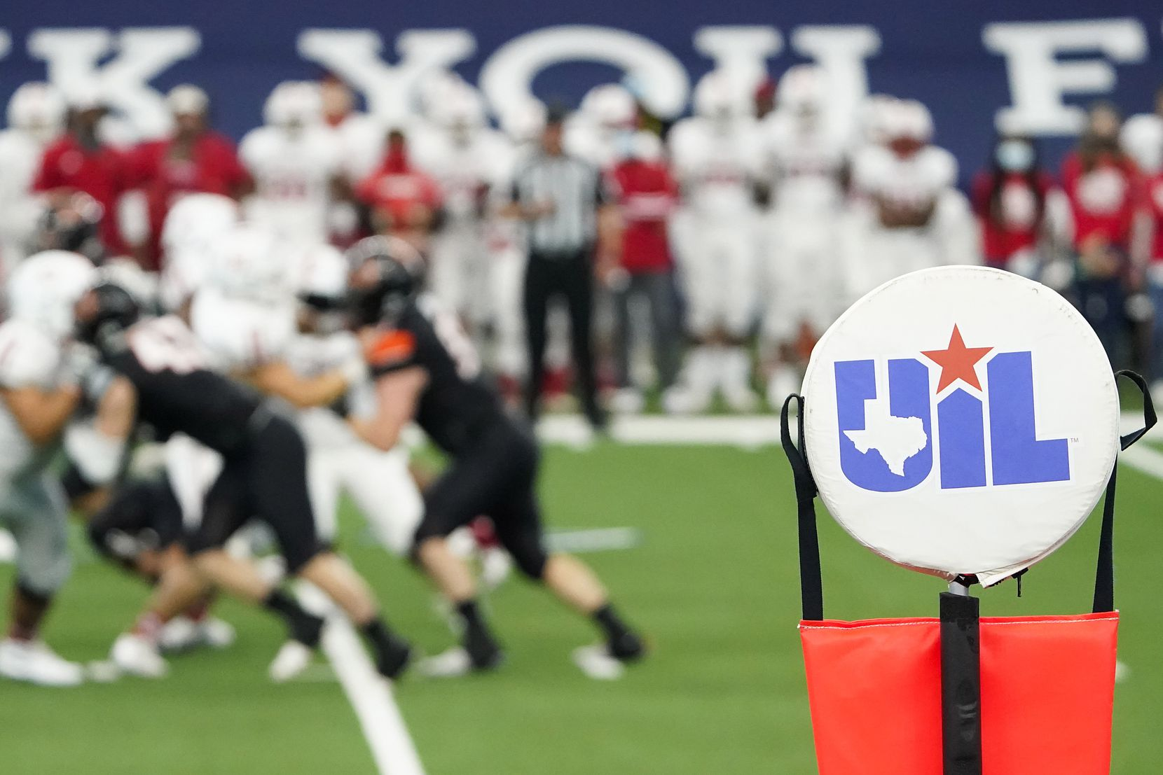 Aledo faces Crosby during the first half of the Class 5A Division II state football championship game at AT&T Stadium on Friday, Jan. 15, 2021, in Arlington. (Smiley N. Pool/The Dallas Morning News)