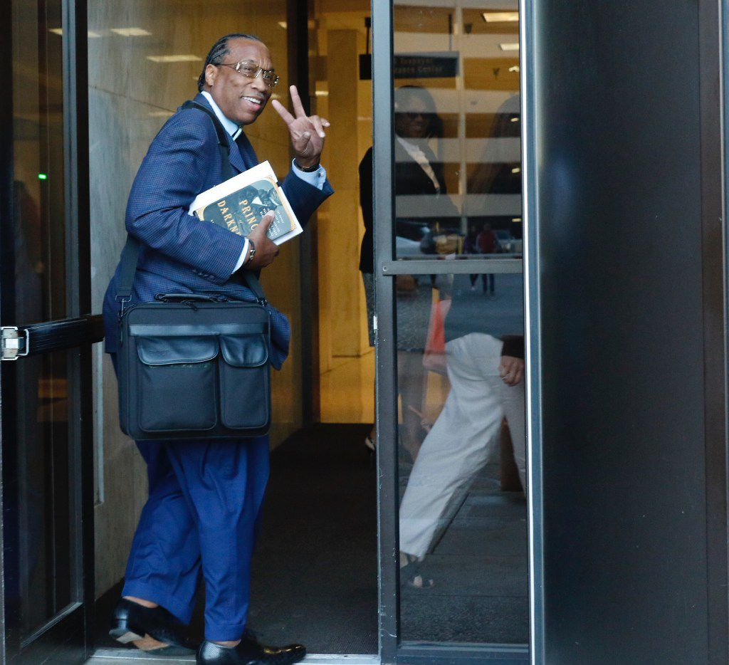 Dallas County Commissioner John Wiley Price walks into the Earle Cabell Federal Building and Courthouse on Monday, April 24, 2017, in Dallas. The federal jury deciding the bribery and tax evasion case against Price entered its fourth day of deliberations Monday. (David Woo/The Dallas Morning News)