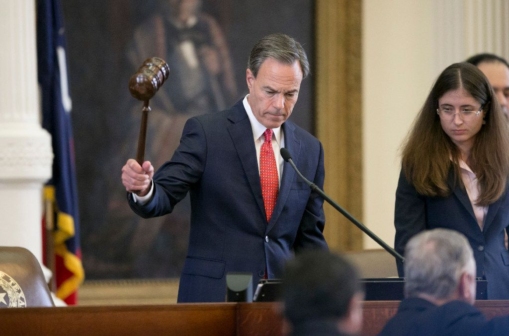 House Speaker Joe Straus compared Gov. Greg Abbott's special session agenda to a pile of manure and said Texas should be trying to attract jobs instead of repel them with legislation like the bathroom ban.