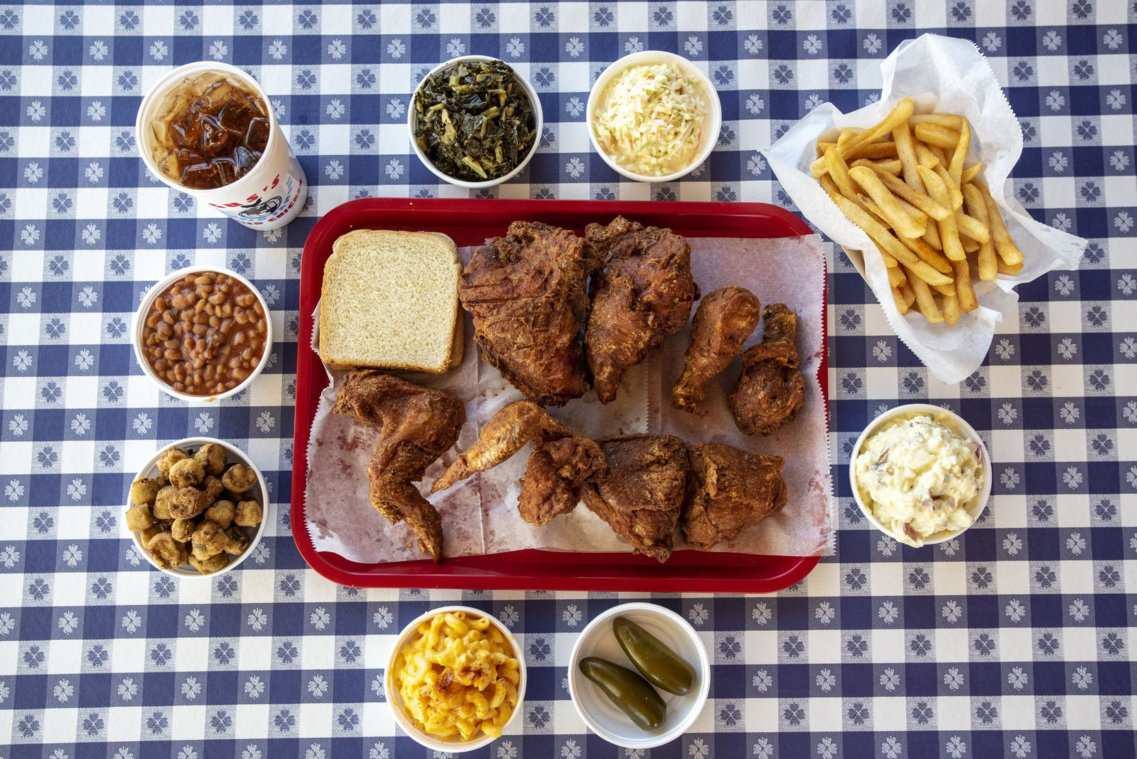 Gus's World Famous Fried Chicken is now open in Deep Ellum.