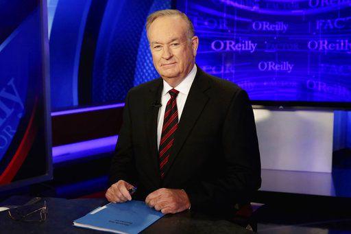 Em esta foto de octubre de 2015, Bill O'Reilly en un set de Nueva York. Foto AP.