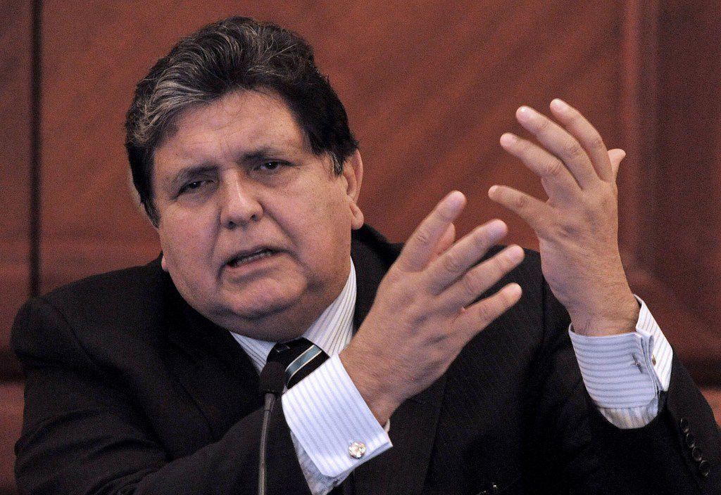 La fiscalía afirma que el expresidente recibió 100,000 dólares de Odebrecht, maquillados bajo la apariencia de pagos por una conferencia en Sao Paulo que García realizó en 2012./ AP