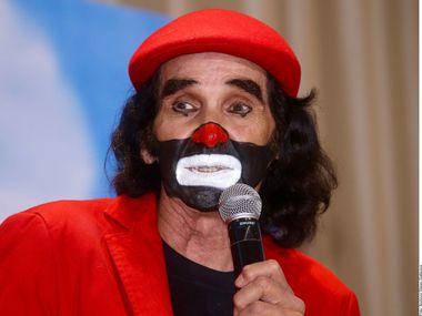 "Ricardo González ""Cepillín"", una figura prominente del entretenimiento en México por varias décadas."