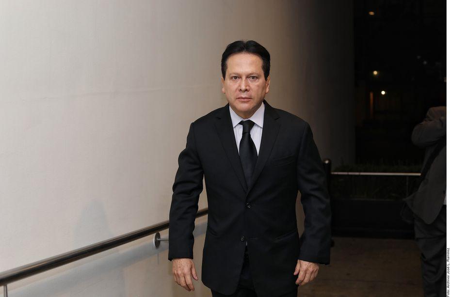 Carlos Cuevas acudió a la Fiscalía de Justicia de la Alcaldía Miguel Hidalgo para denunciar a los abogados de su hermana Aída por presuntas amenazas.