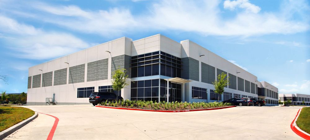 Mueller Co. rented the Logistics Center 7 building in Irving.