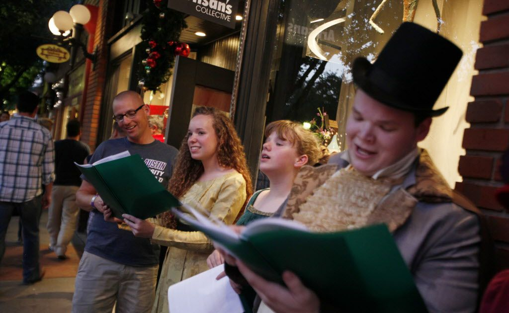 Dfw Christmas Music Radio Stations 2021 Tune In To These D Fw Radio Stations For Christmas Music In 2017