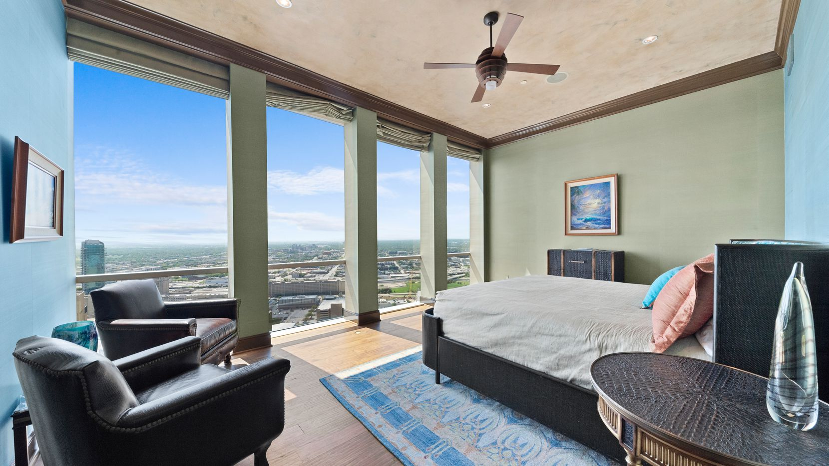 A look at the property at 500 Throckmorton Street, Unit 3602 in Fort Worth.