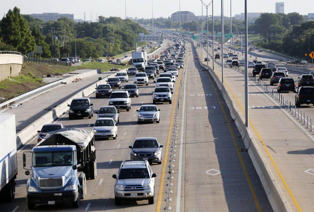 Se espera tráfico en las carreteras de Texas para el fin de semana de Memorial Day.
