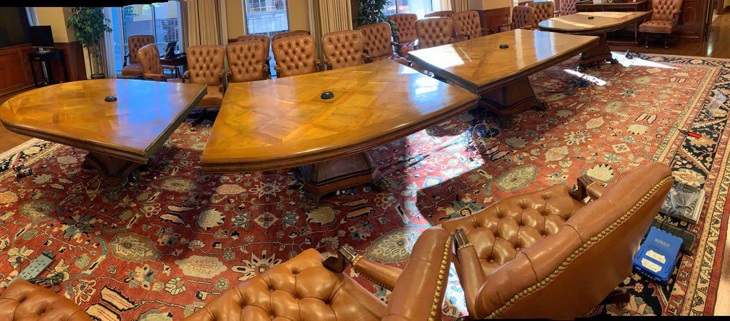 T. Boone Pickens' massive conference table was dismantled Tuesday and is headed to the Oklahoma Governor's Cabinet Room at the state capitol, where it will be on loan from Oklahoma State University for the next decade.