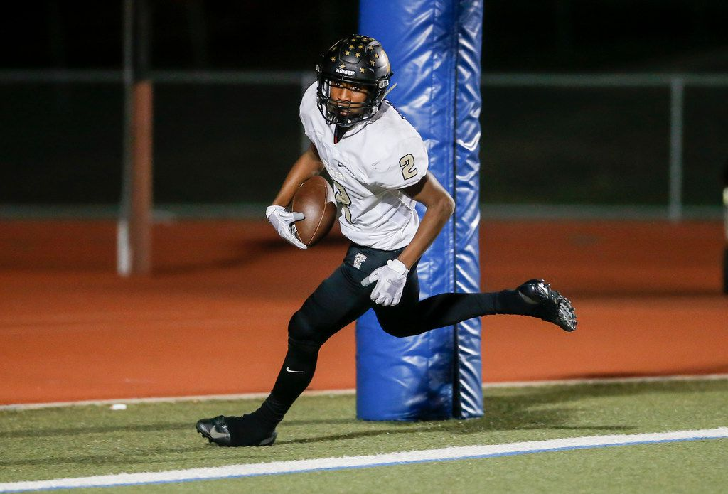 The Colony junior running back Myles Price (2) scores a touchdown during the first half of a high school football game against Frisco Independence at Memorial Stadium in Frisco, Friday, November 2, 2018. (Brandon Wade/Special Contributor)