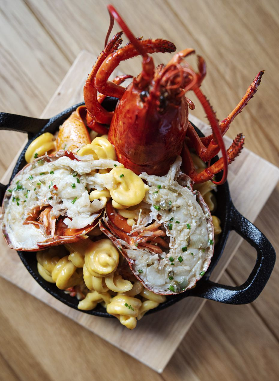 The lobster mac and cheese at Yardbird is served with flair.