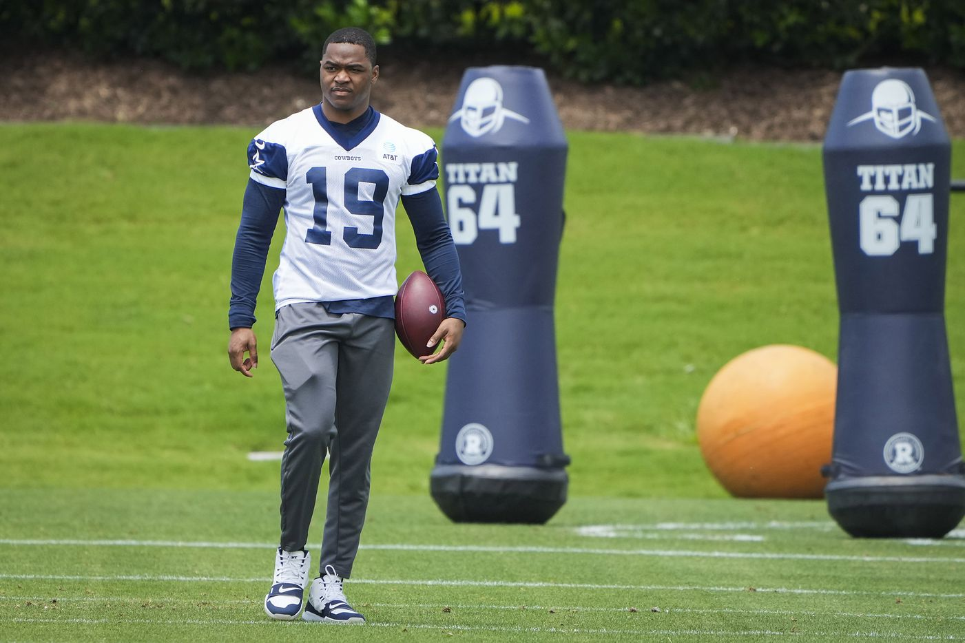 Dallas Cowboys wide receiver Amari Cooper watches his teammates run drills during a minicamp practice at The Star on Tuesday, June 8, 2021, in Frisco. (Smiley N. Pool/The Dallas Morning News)