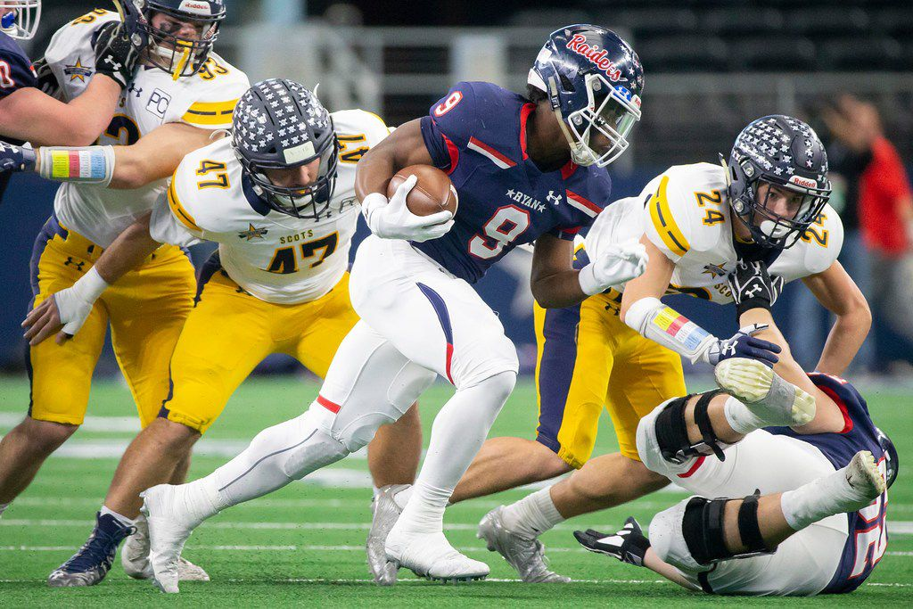 Denton Ryan running back Emani Bailey (9) tries to get around Highland Park linebacker Colby Hopkins (47) and defensive back Chris Read (24) during the first half of a Class 5A Division I state semifinal state semifinal at AT&T Stadium on Saturday, Dec. 15, 2018, in Arlington. (Smiley N. Pool/The Dallas Morning News)