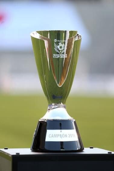 Trofeo de la copa Socio MX.