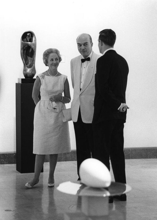 Two years after the Dallas Museum of Fine Arts merged with the Dallas Museum for Contemporary Arts, the new West Wing of the DMFA opened with the 1965 exhibition Sculpture: Twentieth Century.  At the opening reception, Margaret McDermott visited with Dallas Mayor Erik Jonsson (center) and Director Merrill Rueppel.