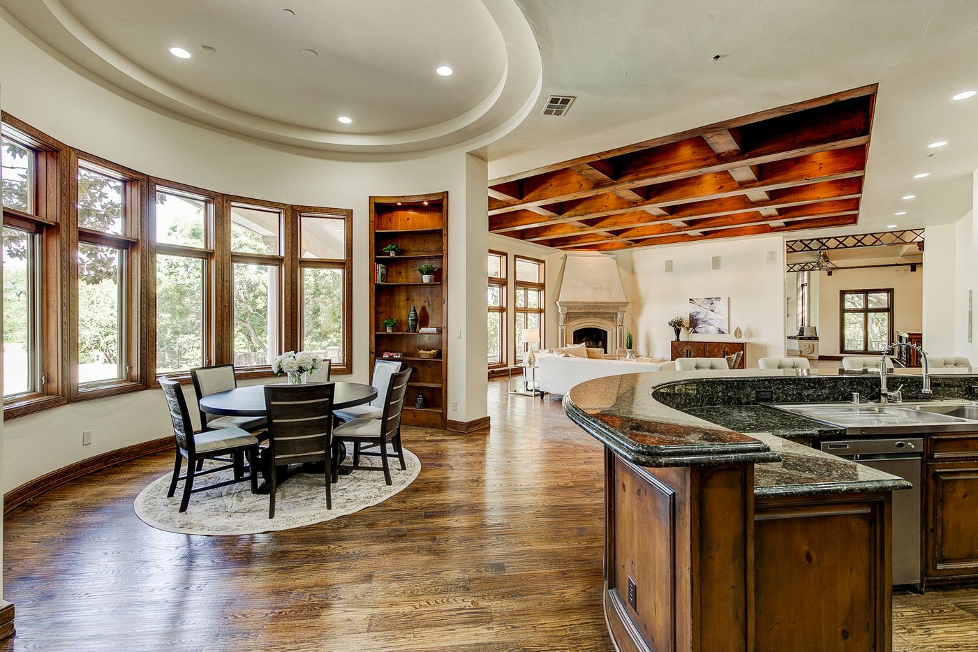 Kitchen, breakfast and living area at 2000 Willow Bend Drive. (Norman and Young)
