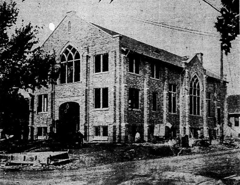 The church as it looked when it opened in 1926 as the Junius Height Congregational Church in 1926