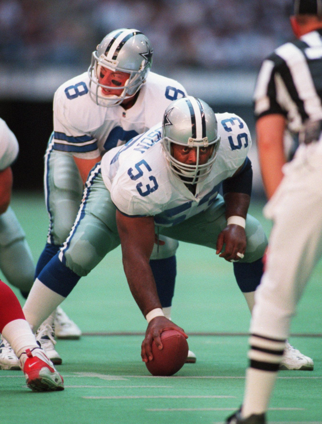 Dallas Cowboys center Ray  Donaldson (53) prepares to lays the pigskin into the hands of  quarterback Troy Aikman (8) during the second half of the Phoenix  Cardinals Vs. Dallas Cowboys game at Texas Stadium Sunday  afternoon.