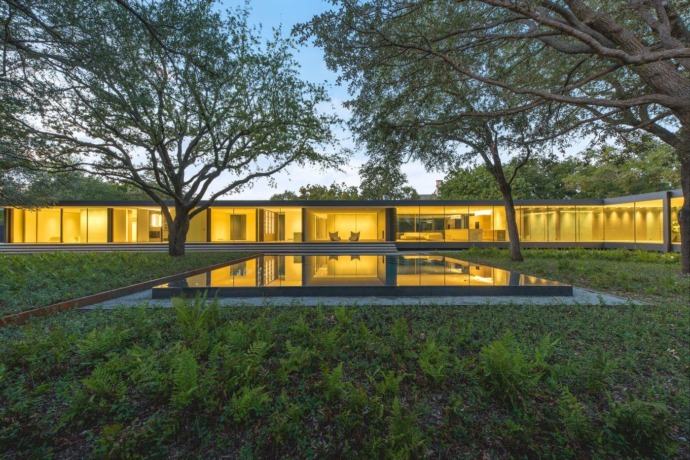 A look at the property at 11345 West Ricks Circle in Dallas.