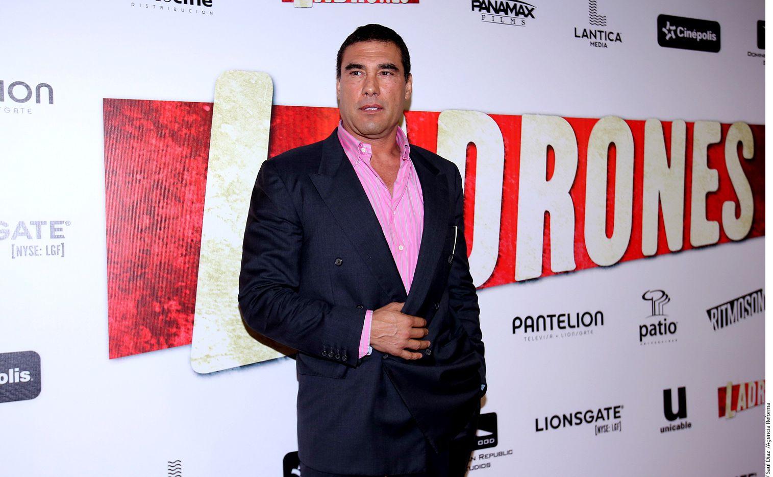 El actor Eduardo Yáñez se refirió a la oferta que su hijo buscó para contar en un libro su versión de la relación que lleva con su padre./ AGENCIA REFORMA