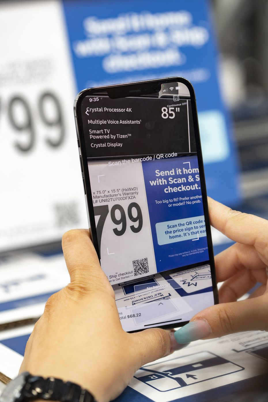 Customers complete the purchase using the Sam's Scan & Go app on their phones.