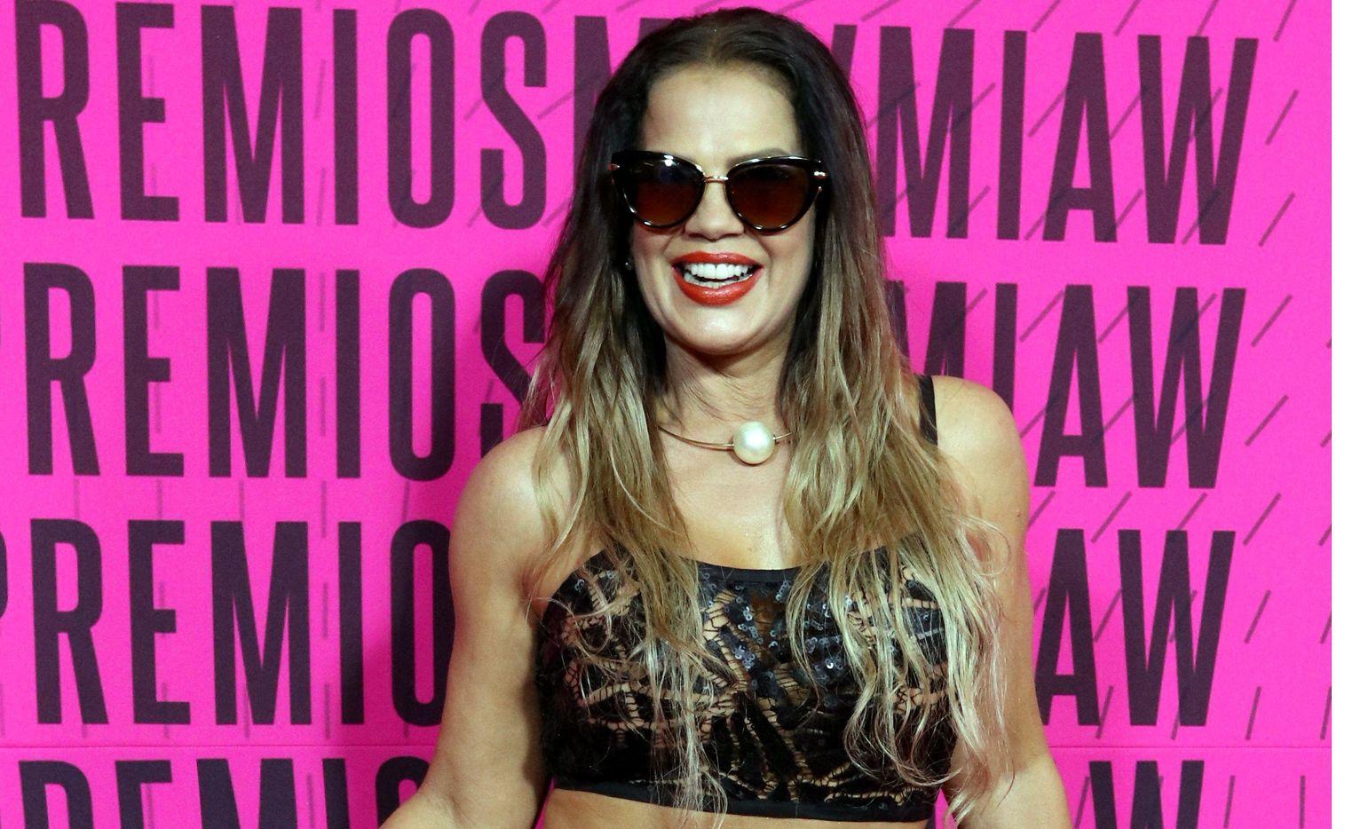 La vedette cubana Nirka (foto) aseguró a medios de comunicación que ya limó asperezas con el productor, con el que incluso mantuvo relaciones sexuales cuando él seguía casado con la actriz Emireth Rivera.
