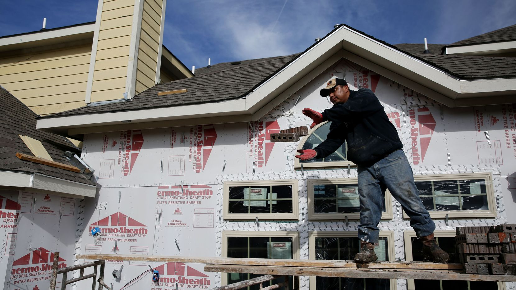 The North Texas housing industry needs as many as 20,000 additional workers.