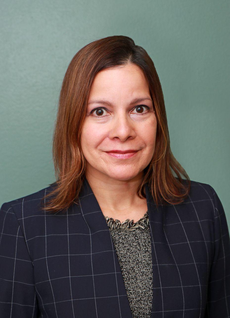 La doctora Arlene Betancourt, directora médica de integración de salud en Parkland y profesora asistente de medicina interna general en UT Southwestern.