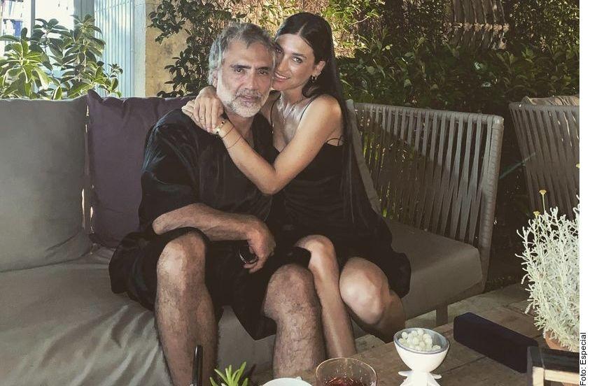 Alejandro Fernández y Karla Laveaga