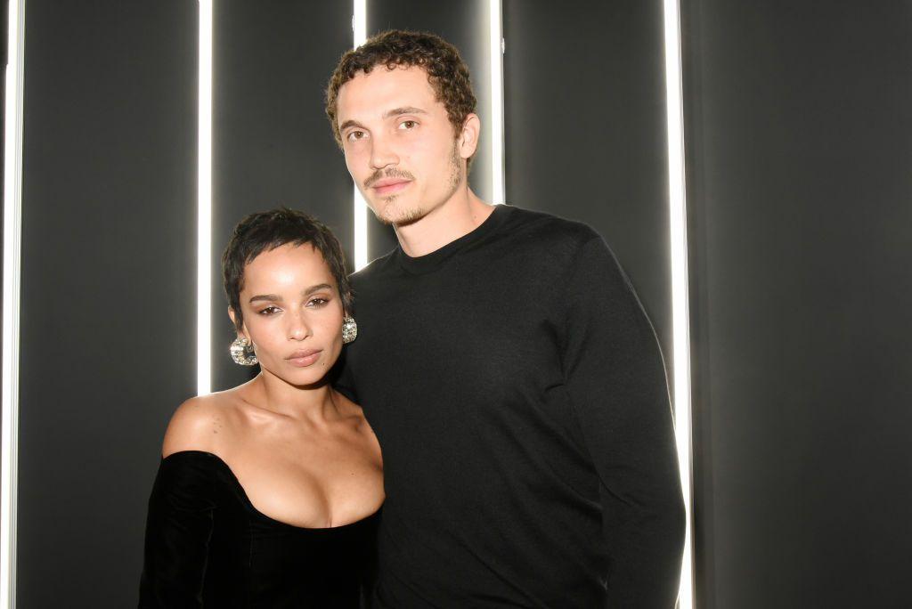 Zoë Kravitz y Karl Glusman se casaron en París en junio de 2019.