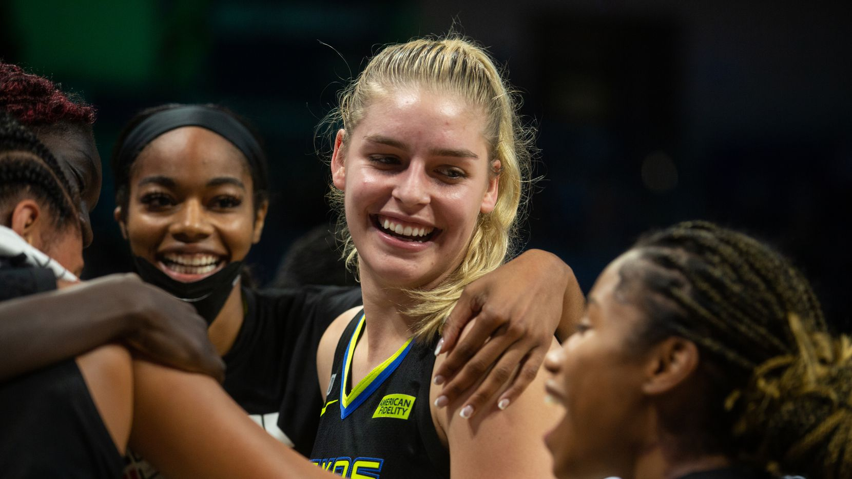 Dallas Wings center Bella Alarie (32) celebrates with teammates after their win against NY Liberty at College Park Center in Arlington, TX on September 11, 2021.  (Shelby Tauber/Special Contributor)