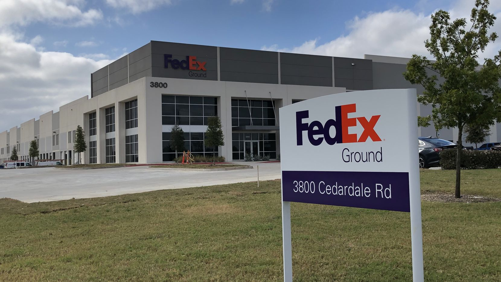 FedEx is locating its new shipping hub in the Cedardale Distribution Center in southern Dallas.