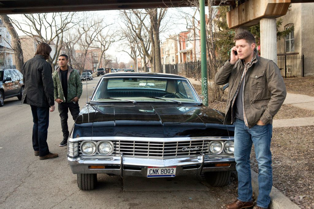 """This is the proper way to use a cell phone while driving, says Jensen Ackles. Jared Padalecki, left, is Sam and Lucien Laviscount is Ennis Roth in """"Supernatural."""""""