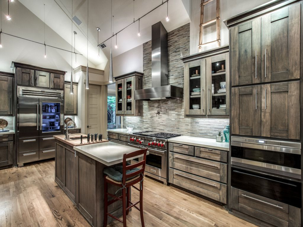 Take a look at the home at 8410 Swananoah Road in Dallas.