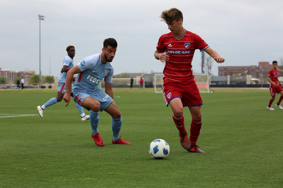 Beni Redzic on the ball for FC Dallas against AS Monaco in the 2018 Generation adidas Cup opening match. (3-23-18)