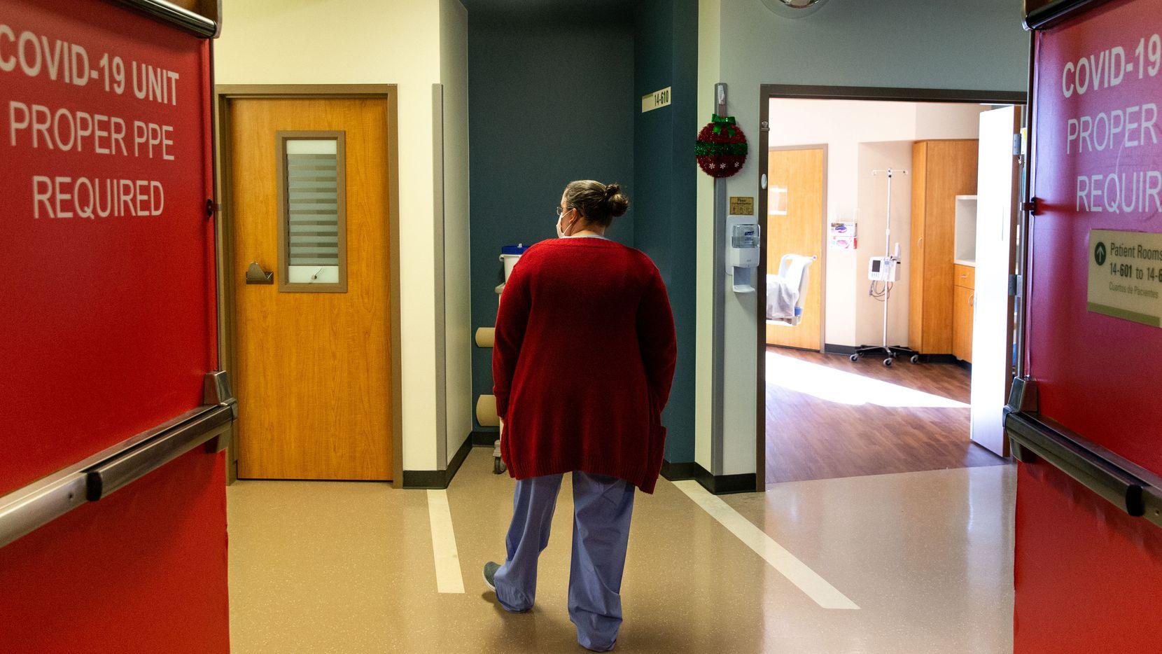 """La Unidad Táctica para pacientes de Covid-19 era conocida por el personal médico como """"Caja Roja"""". Por ahora ha sido cerrada y volverá a su uso original, una sala de cirugías."""