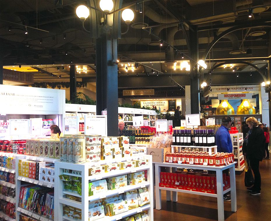 Eataly is known for its fresh meats and cheeses but also has dry grocery aisles. The one in Las Vegas is at the entrance of the Park MGM Hotel.