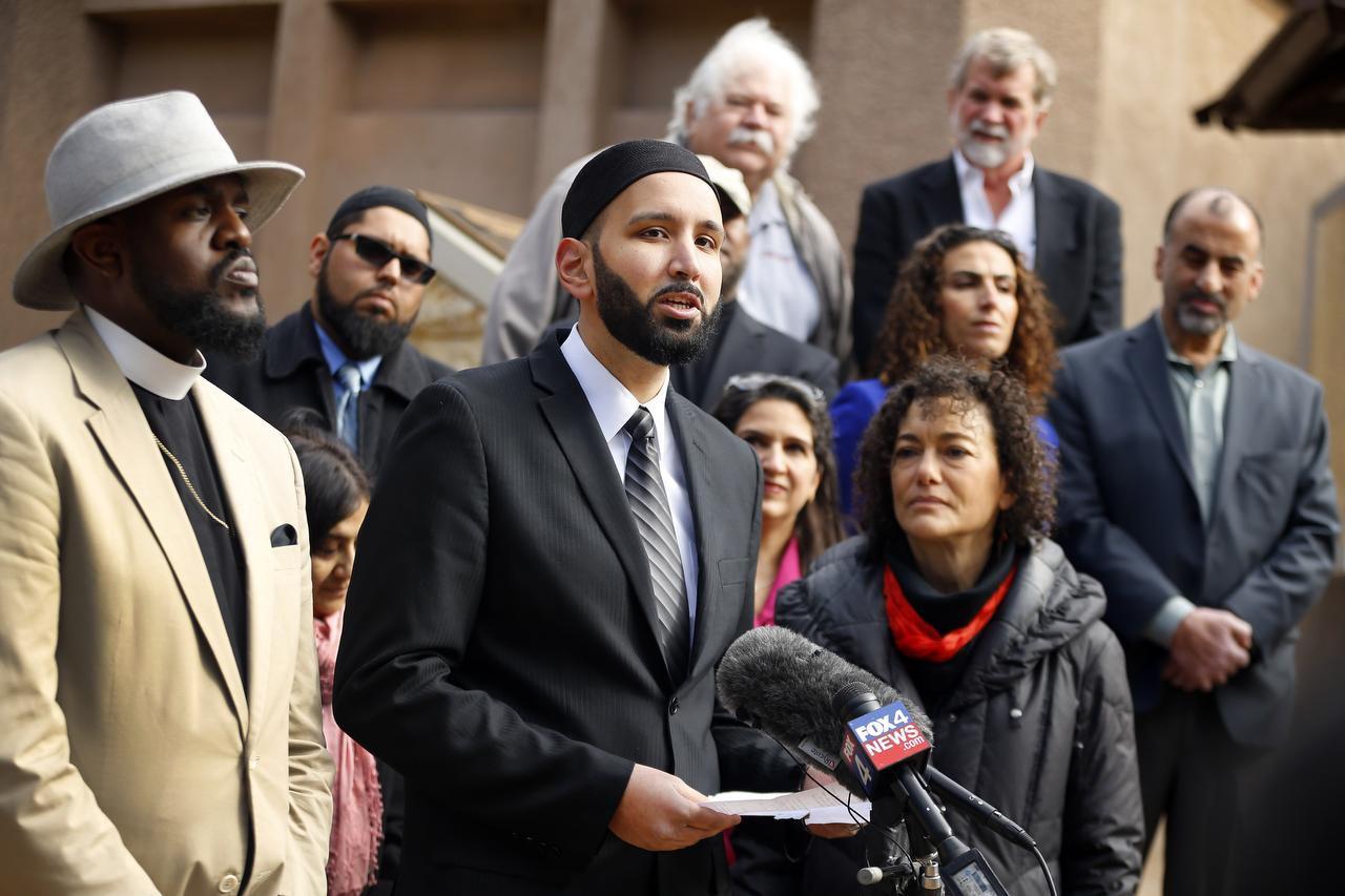 el Imán Omar Suleiman del Centro Islámico de Valley Ranch rechazó posibles medidas intolerantes del Capitolio estatal y del gobierno federal. (DMN/TOM FOX)